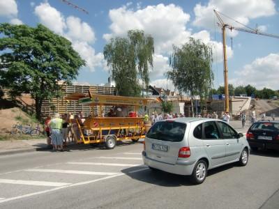 Die Brückenbaustelle an der Bahnhofstraße in Wattenscheid vom Bahnhof aus gesehen