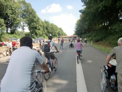 Wie man rechts im Bild sieht gilt die Mobilität nicht nur für Fahrradfahrer